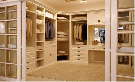 Products walk in closet manufacturer in maharashtra for Walk in closet india
