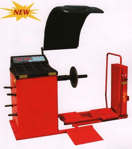 truck wheel balancing machine