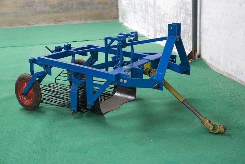 potato picker machine