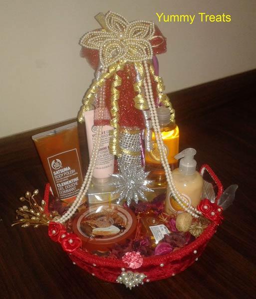 Return Gifts For Wedding In India: Bridal Basket Manufacturer In Uttar Pradesh