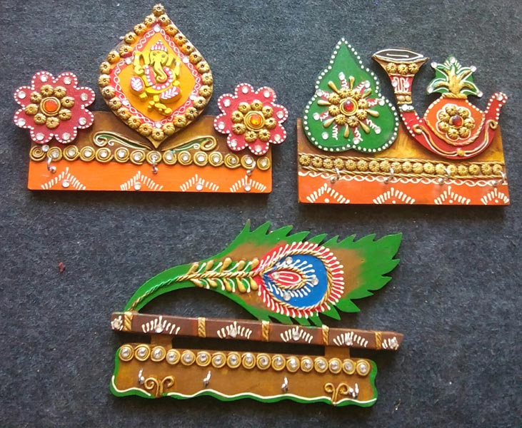 buy paper mache handicraft from indian puppet n