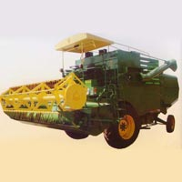Self Prpelled combine Harvester