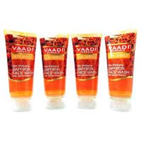Skin Whitening Saffron Face Wash with Sandal Extract