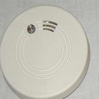 Smoke Detectors - Manufacturer, Exporters and Wholesale Suppliers,  Delhi - Shreya Enterprises