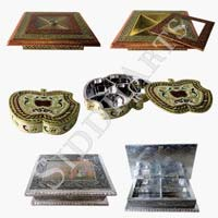 Metal Dry Fruit Box