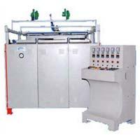 SPM Vacuum Forming Machine