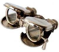 Folding Binocular