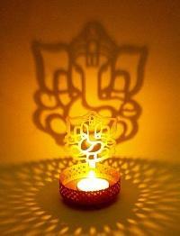 Ganesh Shadow Candle Holder