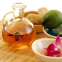 Essential & Aromatherapy Oil
