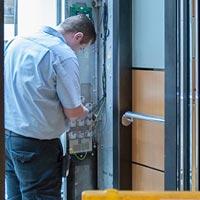 Hydraulic Lift Repairing