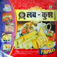 Mong,moth,chana Papad,heeng,tejmasala,medium,light Spices..