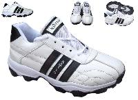 Cricket Shoes-item No. : Castor Vx (artical No.   W002)