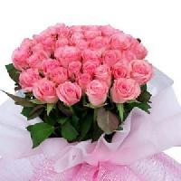 Pink Rose Hand Bunch