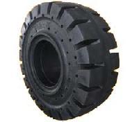 Mercedes Heavy Duty Truck Tires