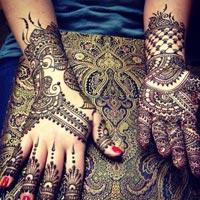 Henna Designing Services