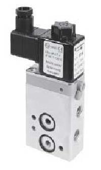 Directional Control Valve 80107 Namur - Manufacturer, Exporters and Wholesale Suppliers,  Karnataka - Taheri Enterprises