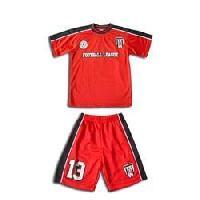 sports kids wear
