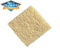 Blanched Diced Fine 12m Almond