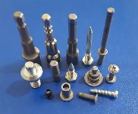 Precision Cold Forged Fasteners