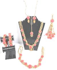 Srmgifts Handmade Designer Red Flower Golden Moti Jewellery..