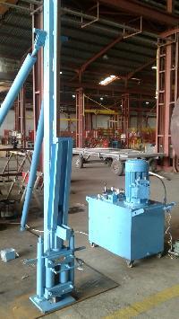 Hydraulic Tank Lifting System