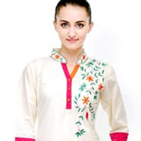 Silk Kurtis - Manufacturer, Exporters and Wholesale Suppliers,  Tamil Nadu - Manthan Creations