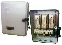 Metal Clad Triple Pole Switches