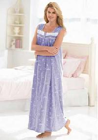 Nightgown: N-00023