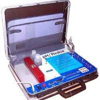 Microprocessor Water & Soil Analysis Kit