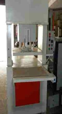 Hydraulic Blister Cutting Machine