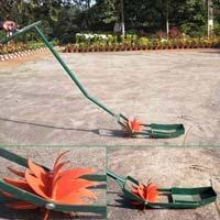 Krishi Usha SRI Paddy Weeder