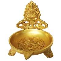 Deepak made in brass metal with Religious giure of goddess Laxmi ji