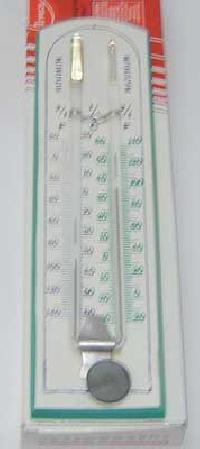 maximum min thermometer