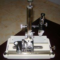 Travelling Microscope