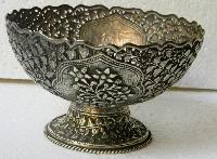 Metal Fruit Bowls