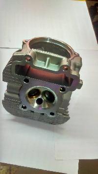 Cylinder Head Re205