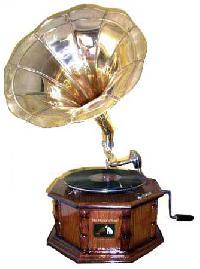 8-Corner Antique Gramophone