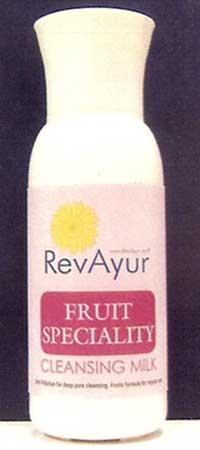 Fruit Speciality Cleansing Milk