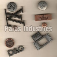 Metal Buttons - Manufacturer, Exporters and Wholesale Suppliers,  Tamil Nadu - Paras Industries
