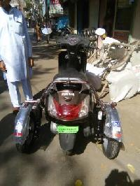 Activa Side wheel attachment for bike