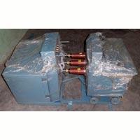 Draw-out Voltage Transformer - Universal Engineering Corporation