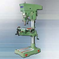 Siddhapura Vertical Drilling Cum Milling Machine With Auto..