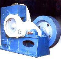 plate cutting shearing machine