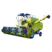 Self Propelled Combine Harvester (Momi 990)