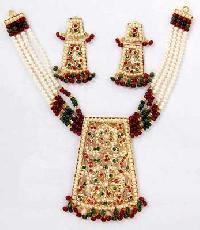 Stone Studded Necklace Set (Pearl Ruby & Emral)