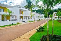 Luxury Villas, Apartments