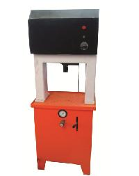 Single Stage Paper Plate Making Machine