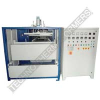 Automatic Vacuum Forming Machine with Share Cutter