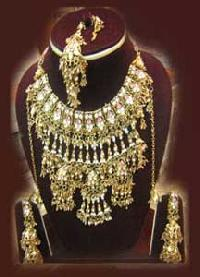 Bridal Necklace Set-BNS-01