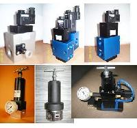 Servicing of Hydropneumatic Cylinders, Valves for Pet Machines